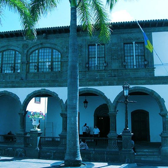 EQUO-La Palma exige a los políticos insulares que también reduzcan sus retribuciones y las publiquen en las webs oficiales de ayuntamientos y Cabildo.